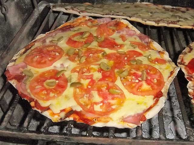 ► Pizzas A La Parrilla (Foto+Video) [para 2 o mas parejas]